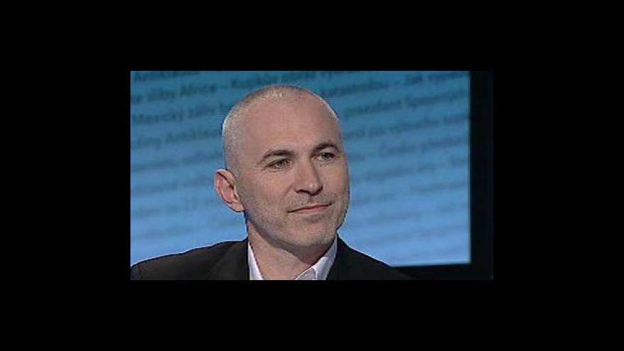 Video Petr Fejk hostem Událostí, komentářů
