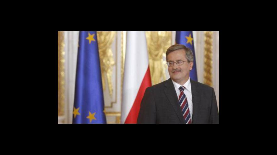 Video Polský prezident míří do Prahy