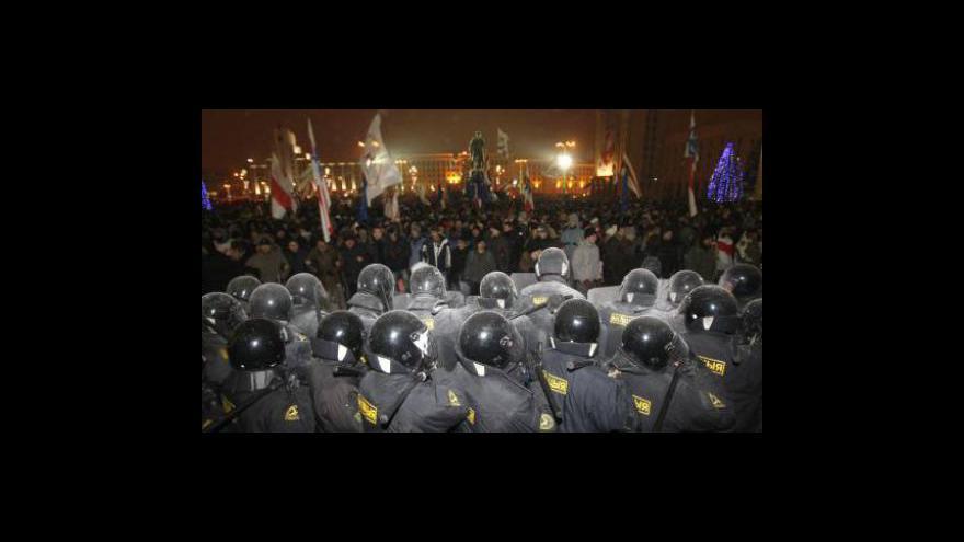 Video Bělorusko soudí protivládní demonstranty