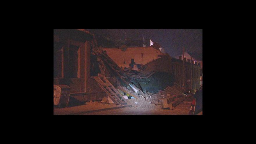 Video Ve Vysočanech se zřítila část domu