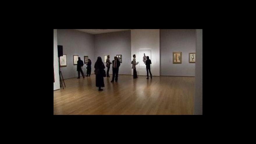 Video Picassovy kytary k vidění v New Yorku