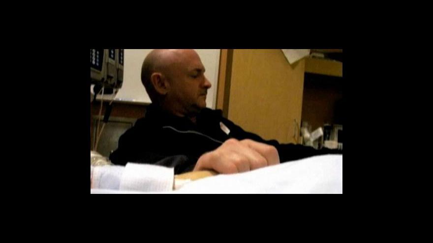Video Manžel Giffordsové opět poletí do kosmu
