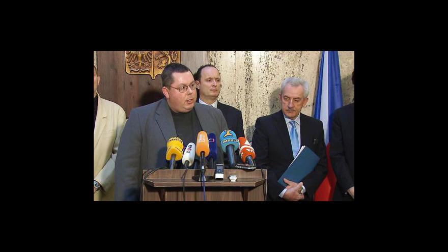 Video Brífink po jednání Leoše Hegera s LOK