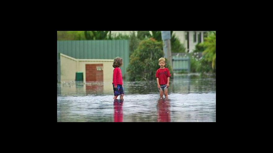 Video Austrálie chce od 1. července zavést povodňovou daň