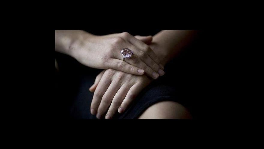 Video Diamantový trh