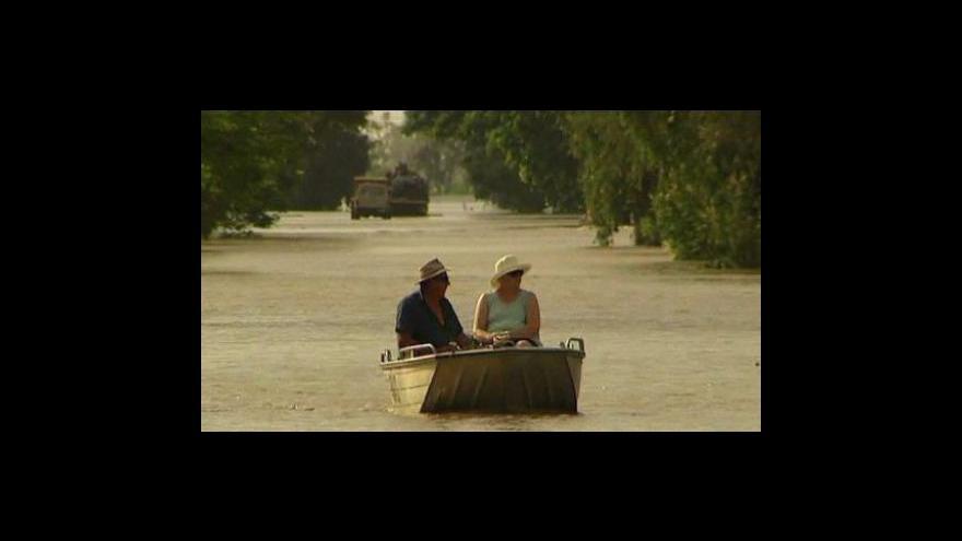 Video V Rockhamtonu kulminuje velká voda