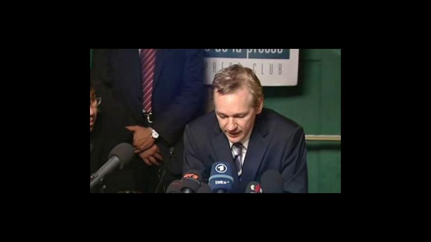 Video Soud rozhoduje o vydání Assange do Švédska