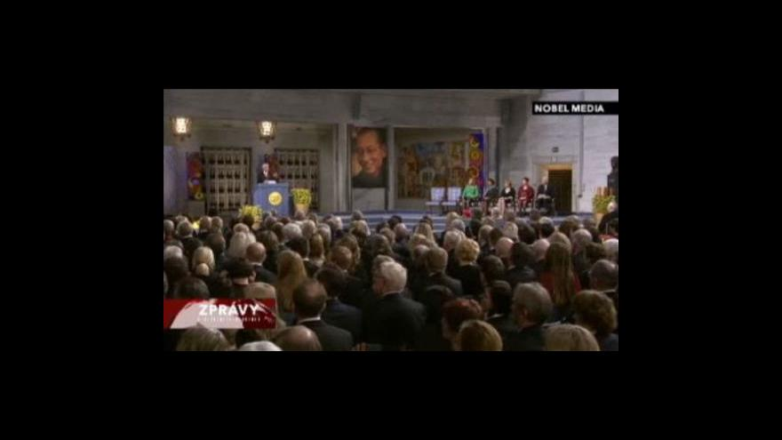 Video Nobelovu cenu míru si Liou Siao-po nepřevzal