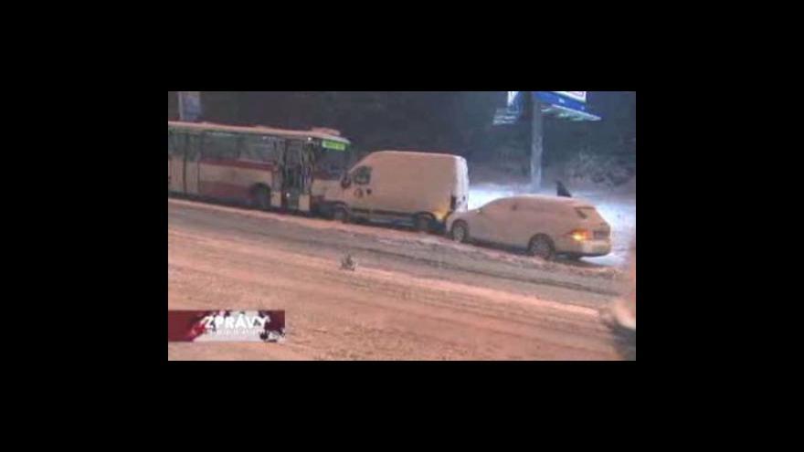Video Pražská hromadná doprava zažila kolaps