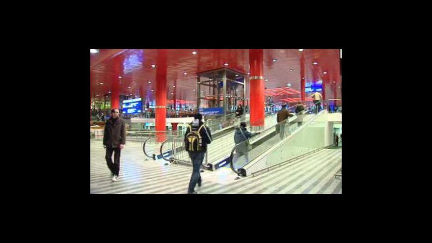 Video Hlavní nádraží v novém