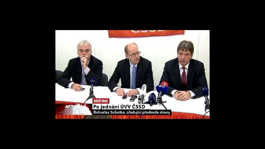 Video Brífink vedení ČSSD