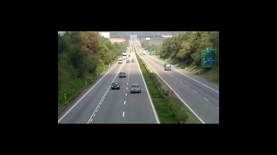 Video Elektronické dálniční viněty budou nejdřív za pět let