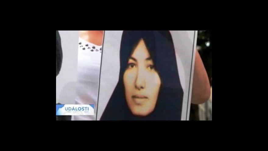 Video Íránka má být oběšena