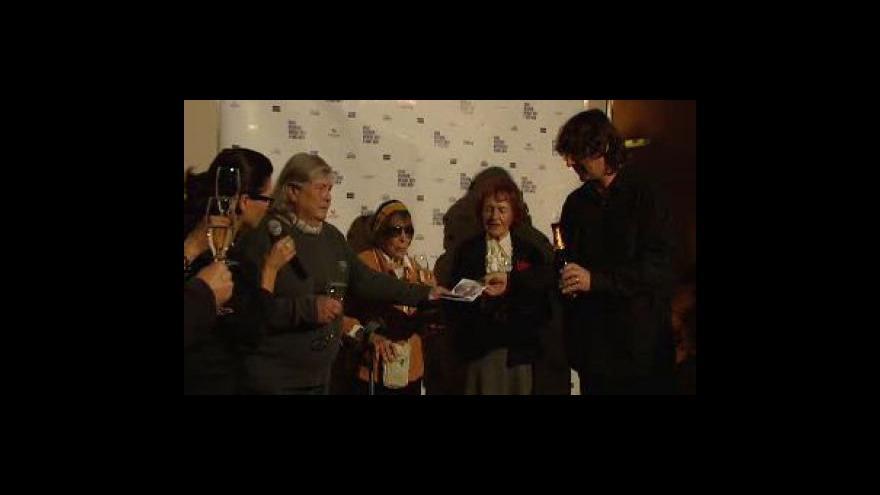 Video Události, komentáře s Hanou Hegerovou