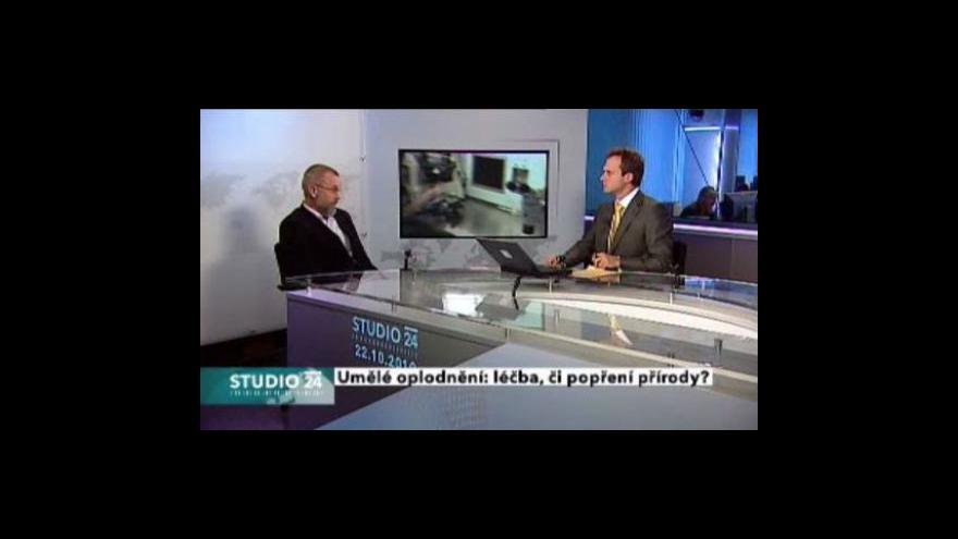 Video Studio ČT24 o umělém oplodnění v Polsku