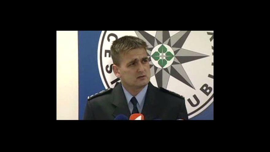 Video Brífink policie ke zmizení Aničky