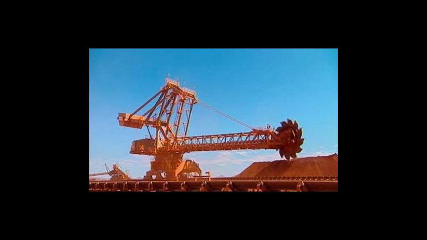 Video Padla fúze gigantických těžařů