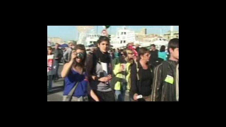 Video Francouzi opět ve stávce