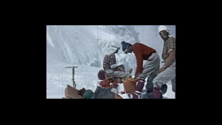 Video Čeští horolezci dobyli vrchol Annapúrny