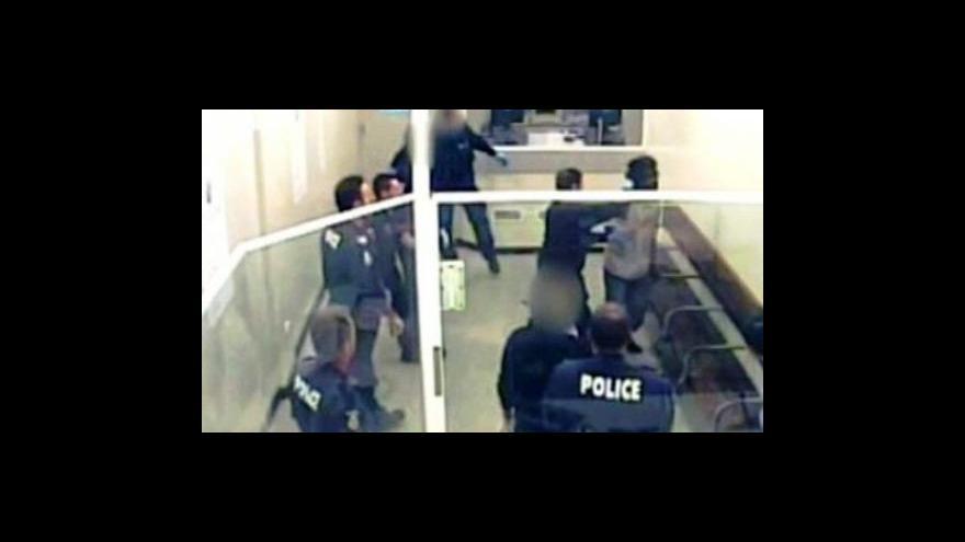 Video V Austrálii policie zneužila taser