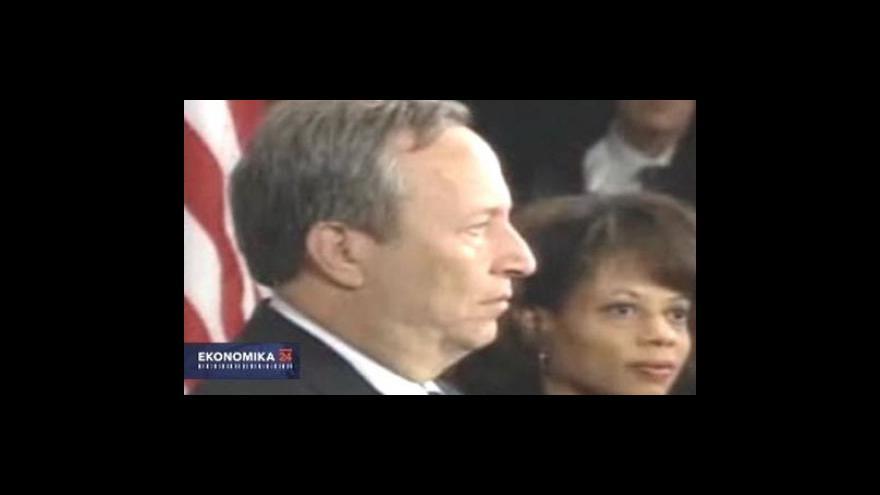 Video Larry Summers se vzdává své pozice