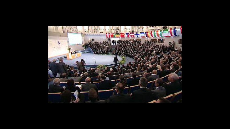 Video Jaroslav Míl a Petr Nečas na sněmu Svazu průmyslu a dopravy