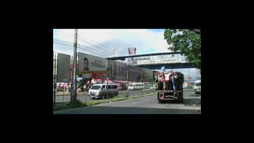 Video Gangy ochromily veřejnou dopravu v Salvadoru