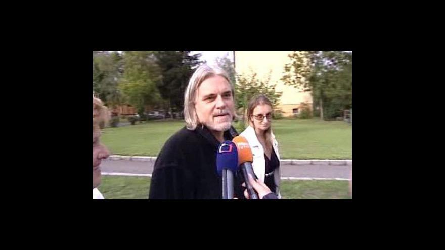 Video Karel Srba byl propuštěn z vězení