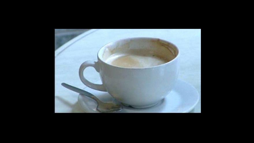 Video Pití kávy chrání před Parkinsonem