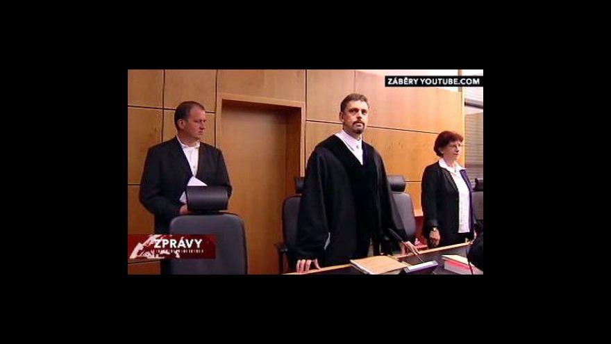 Video Česká se rozsudek nad německou zpěvačkou