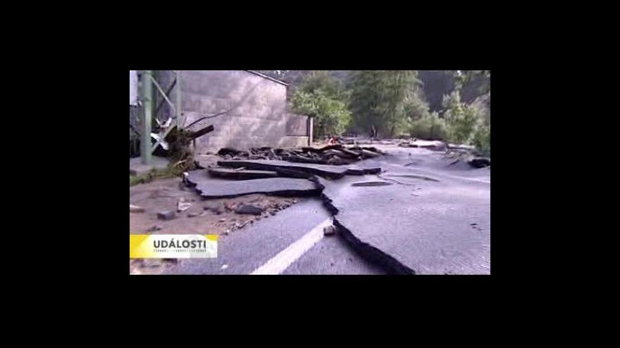 Video Vlaky na poškozených tratích nahradily autobusy