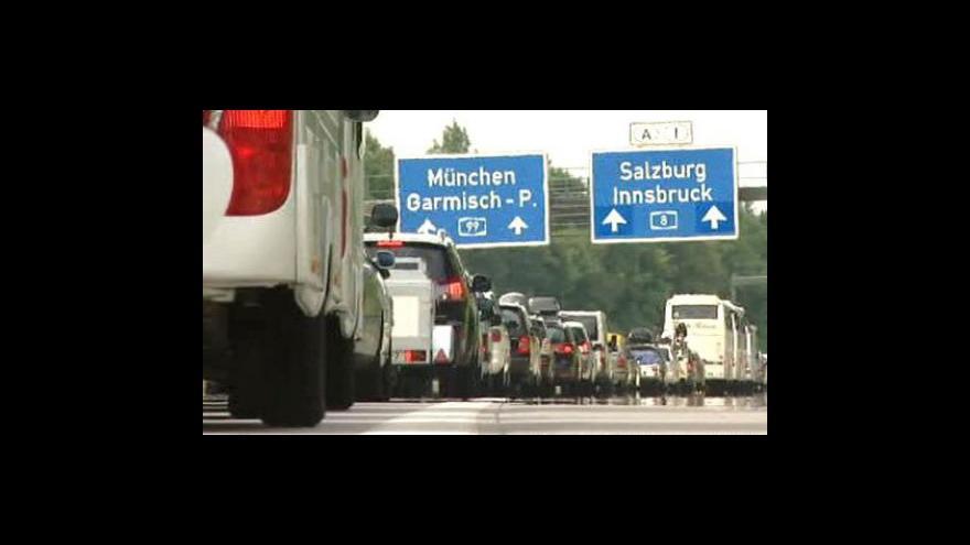 Video Kolony na evropských dálnicích