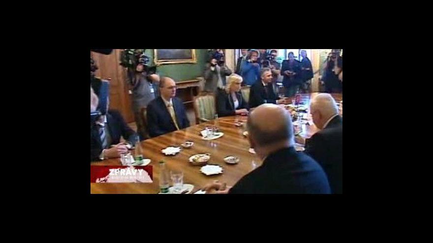 Video Slovenský kabinet schvaluje programové prohlášení