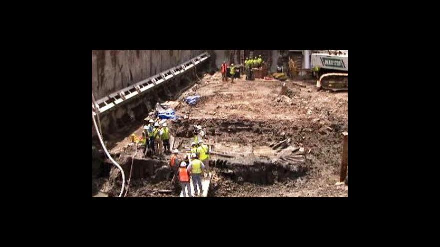 Video Na Ground Zero objevili trup lodi z 18. století