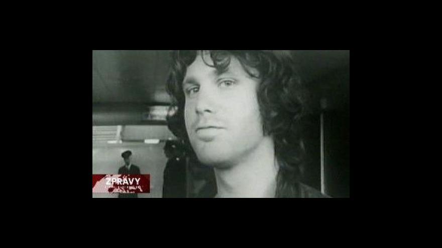 Video Dva členové The Doors dnes v Praze