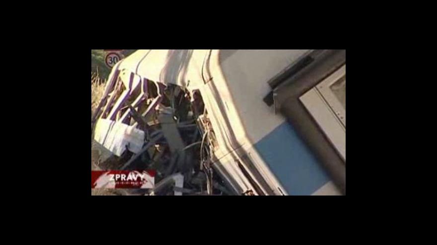Video Experti prozkoumají soupravu havarovaného vlaku CityElefant
