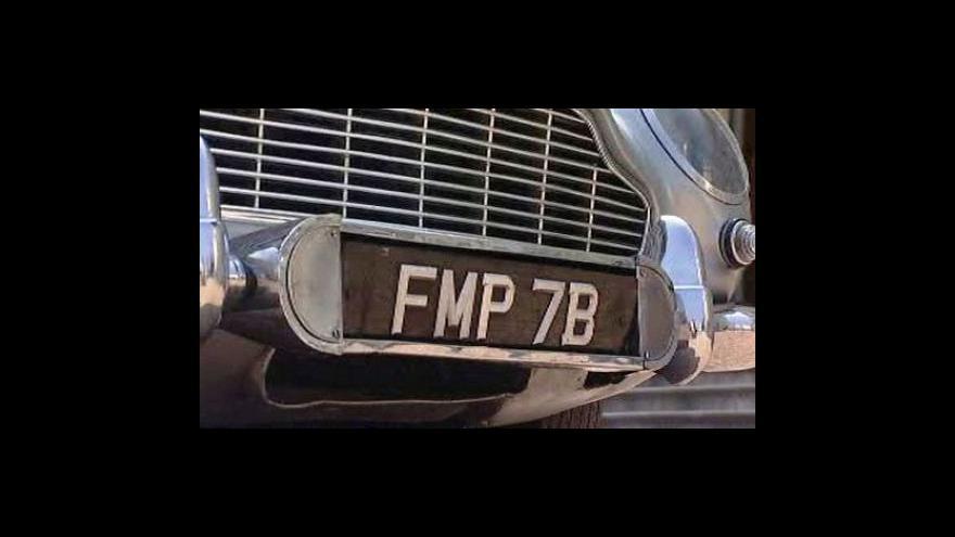 Video Bondovo auto je na prodej