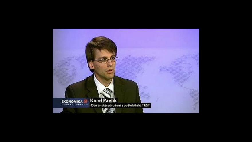 Video Ekonomika ČT24: Pomoc banky při rušení účtu