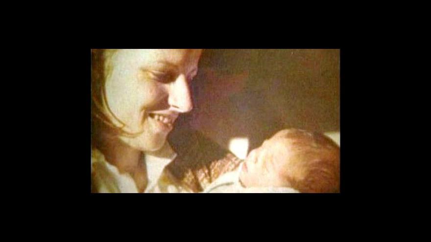 Video Adopce sourozenců Herrerových