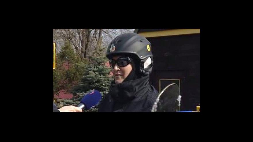 Video V Harrachově se stále lyžuje