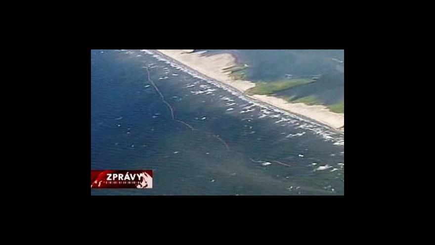 Video Ropná skvrna dosáhla pobřeží Louisiany