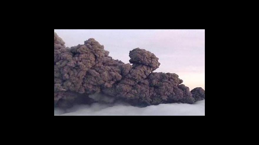 Video Sopečný prach připravuje aerolinky o miliardy