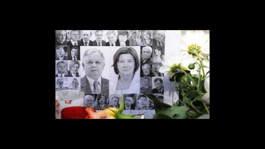 Video Do Polska míří další těla obětí letecké tragédie
