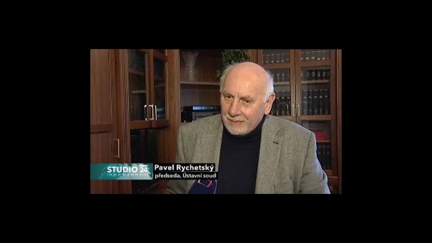 Video Ústavní soudce Pavel Rychetský ve Studiu ČT24