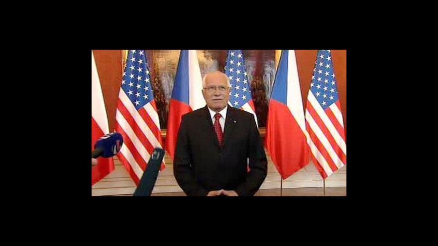 Video Prohlášení prezidenta Klause po setkání s Barackem Obamou
