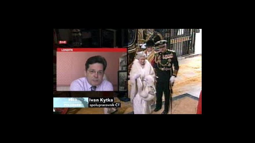 Video Královská rodina má problémy
