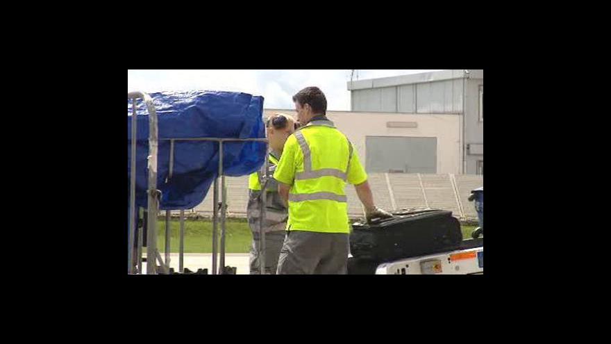 Video Méně ztracených kufrů