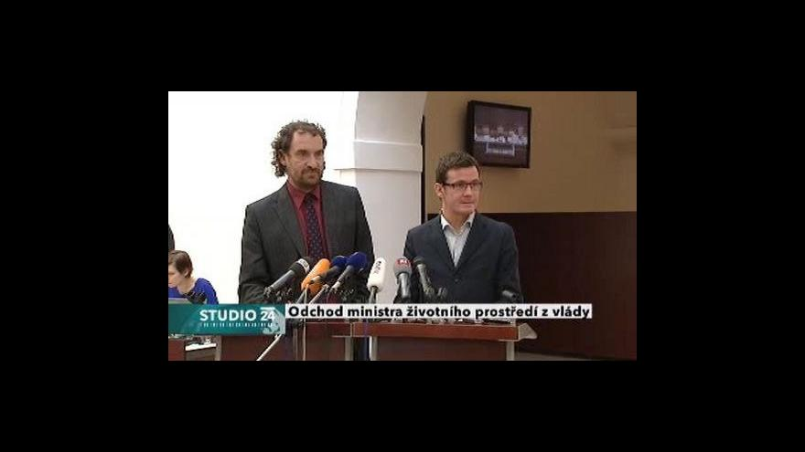 Video Studio ČT24 o rezignaci Jana Dusíka