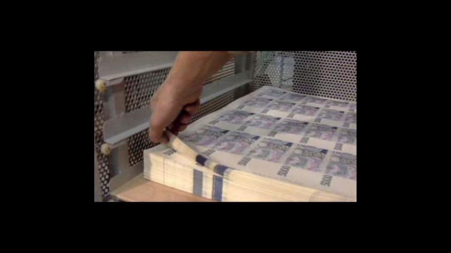 Video Senát schválil rekordní úpis dluhopisů