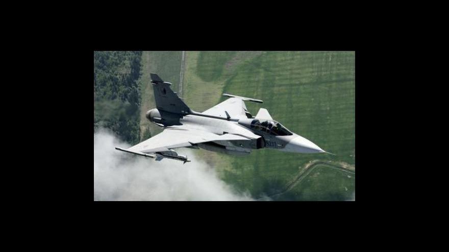 Video Nebe nad Pobaltím ovládnou alianční letouny